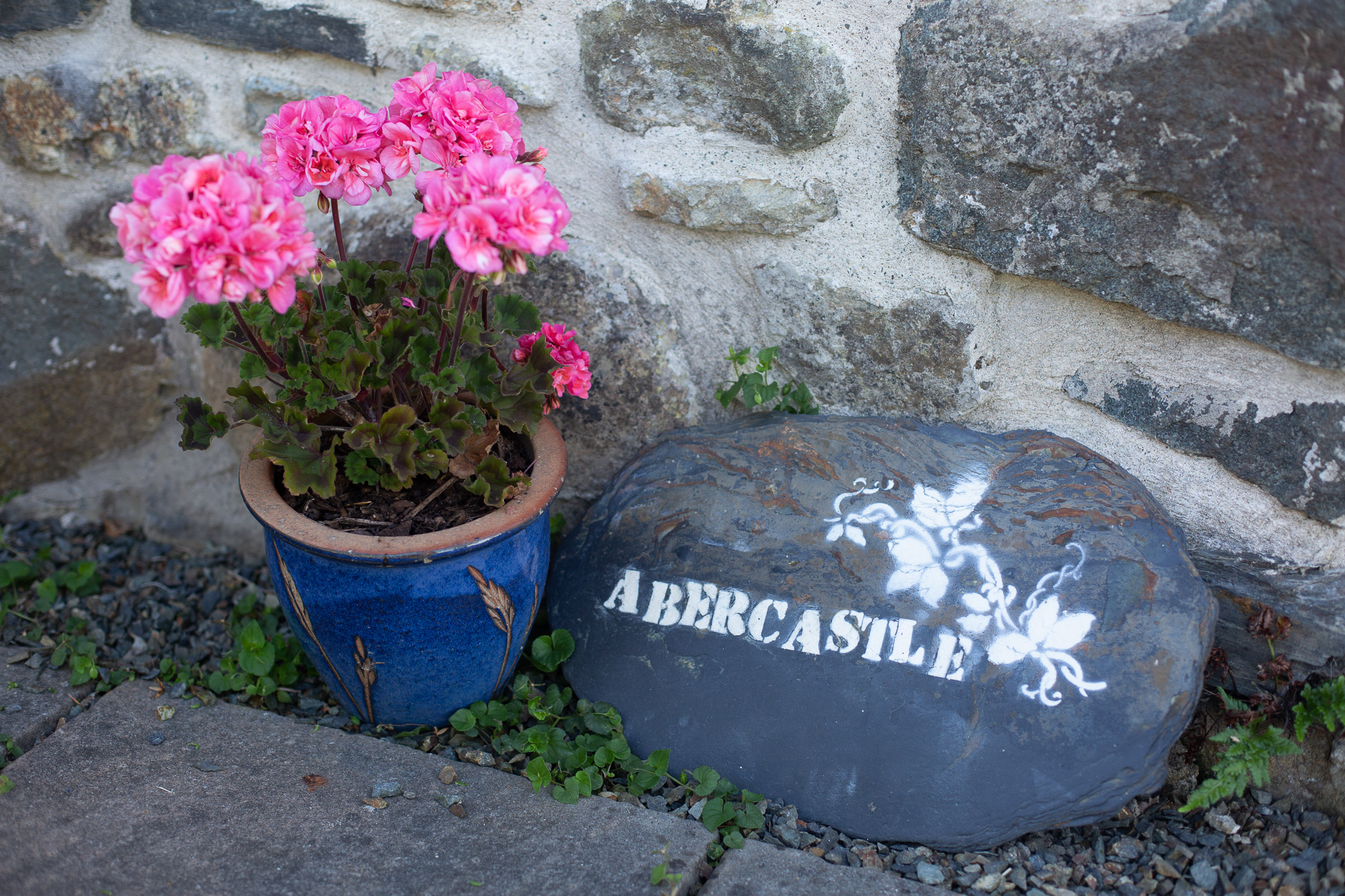 Abercastle B&B Barn suite with sea views