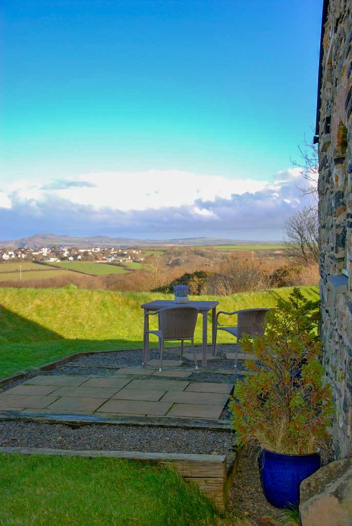 Yr Hafan | Pencaer Self Catering Cottage | Pembrokeshire | Sea views towards Strumble Head
