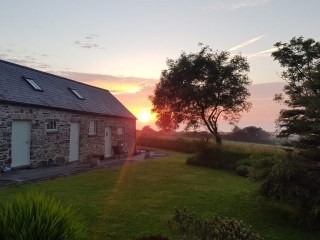 Yr Hafan -fabulous North Pembrokeshire Sunsets