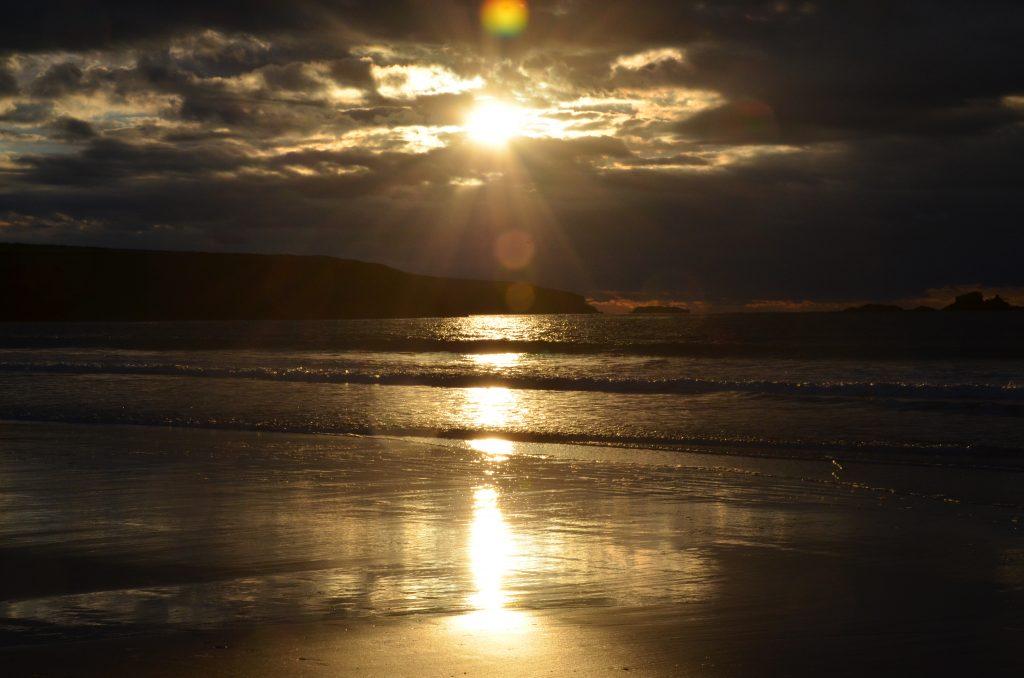 Yr Hafan-White sands beach at dusk